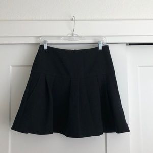 Anthropologie black short skirt size 6